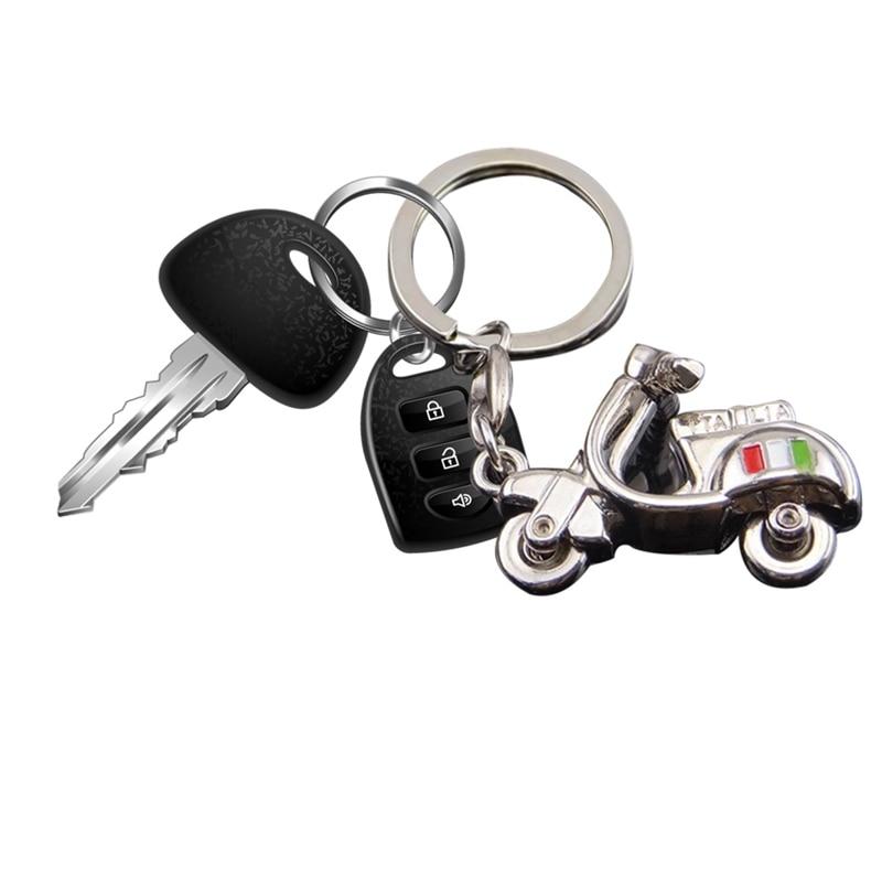 3D אופנוע Keychain עבור וספה Piaggio 125 דוקאטי Yamaha Suzuki Peugeot Fiat רכב Keyring מצחיק מפתח קישוט