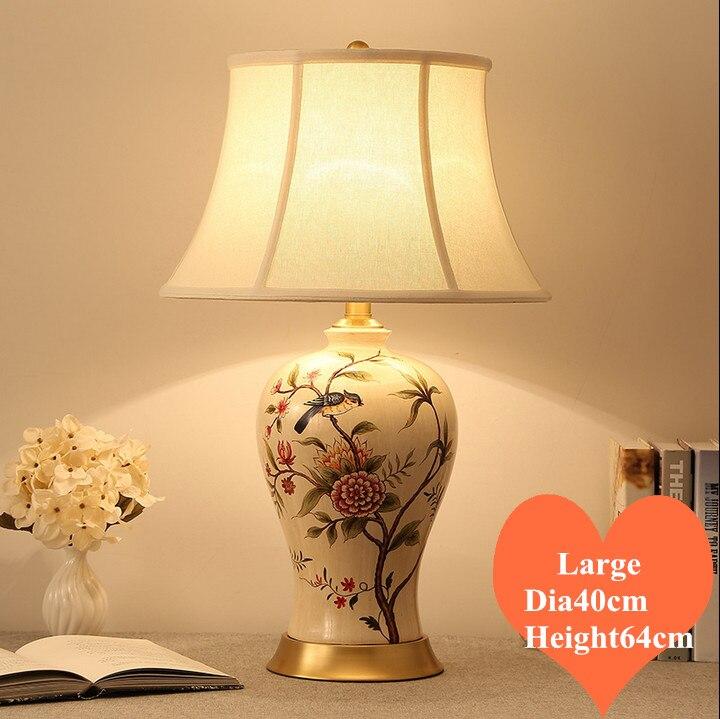 مصباح طاولة سيراميك على شكل طائر وزهرة صينية ، مصباح كتان قديم ، عاكس الضوء ، قاعدة نحاسية E27 LED ، مصباح بجانب السرير ، MF034