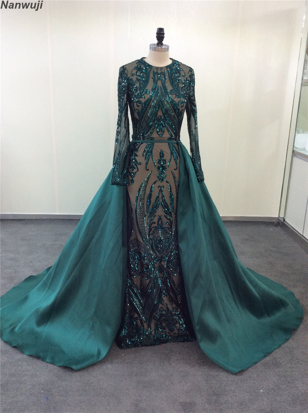 Robe De Soiree Longue 2019 Detachable Train  Skirt green Evening Dresses Long sleeves Sequin Applique Arabic Evening Gown