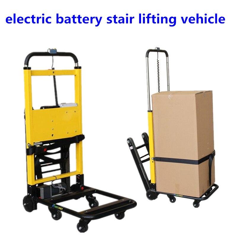 O carregamento do caminhão de escalada com o carro de carga do trole da bateria de lítio que sobe escadas do trole entrega bens