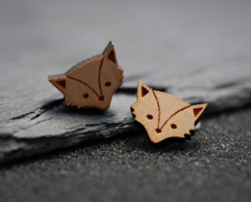 Jinleansu, aretes pequeños de madera de zorro, tachuelas para mujeres y niñas, joyería Animal para pareja, bisutería para mujer