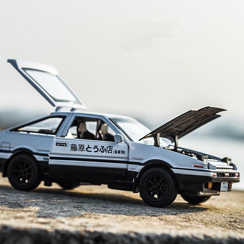 KIDAMI 1:28 литые под давлением игрушечные машинки Оттягивают назад начальный D AE86 модель автомобиля Форсаж звук легкие транспортные средства подарок для детей мальчиков