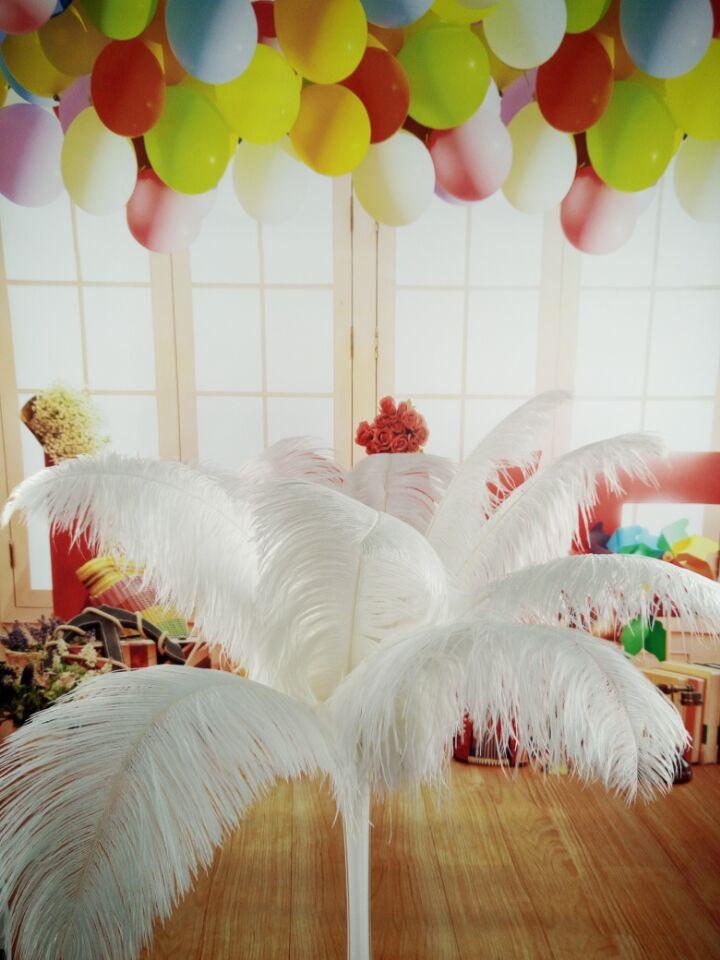 Frete grátis atacado 50 pçs bonito natural branco avestruz pena 14-16 polegada/35-40 cm decorativo diy