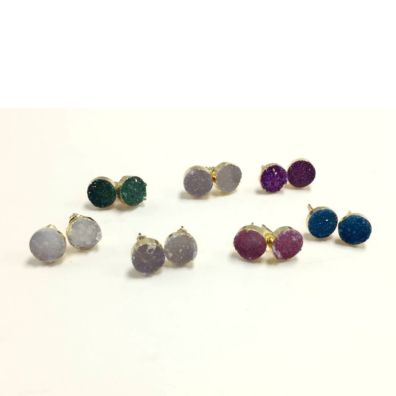Hot The European Female Piercing Stud Earrings Cute 8mm Round Stone Titanium Crystal Quartz Geode Druzy Earring Women Gift