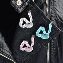 Mignon 3 couleur dessin animé outil de mesure broche blanc bleu rose ruban à mesurer émail broches Badge couture Designer femmes enfant bijoux