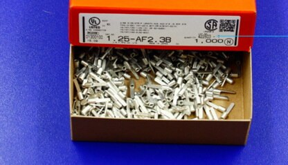 موصلات 1.25-AF2.3B, علب 100% أجزاء جديدة وأصلية