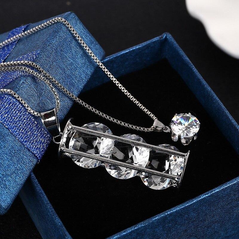 Collar de cadena doble bañado en plata brillante para mujer, collar con colgante hueco de cristal con personalidad