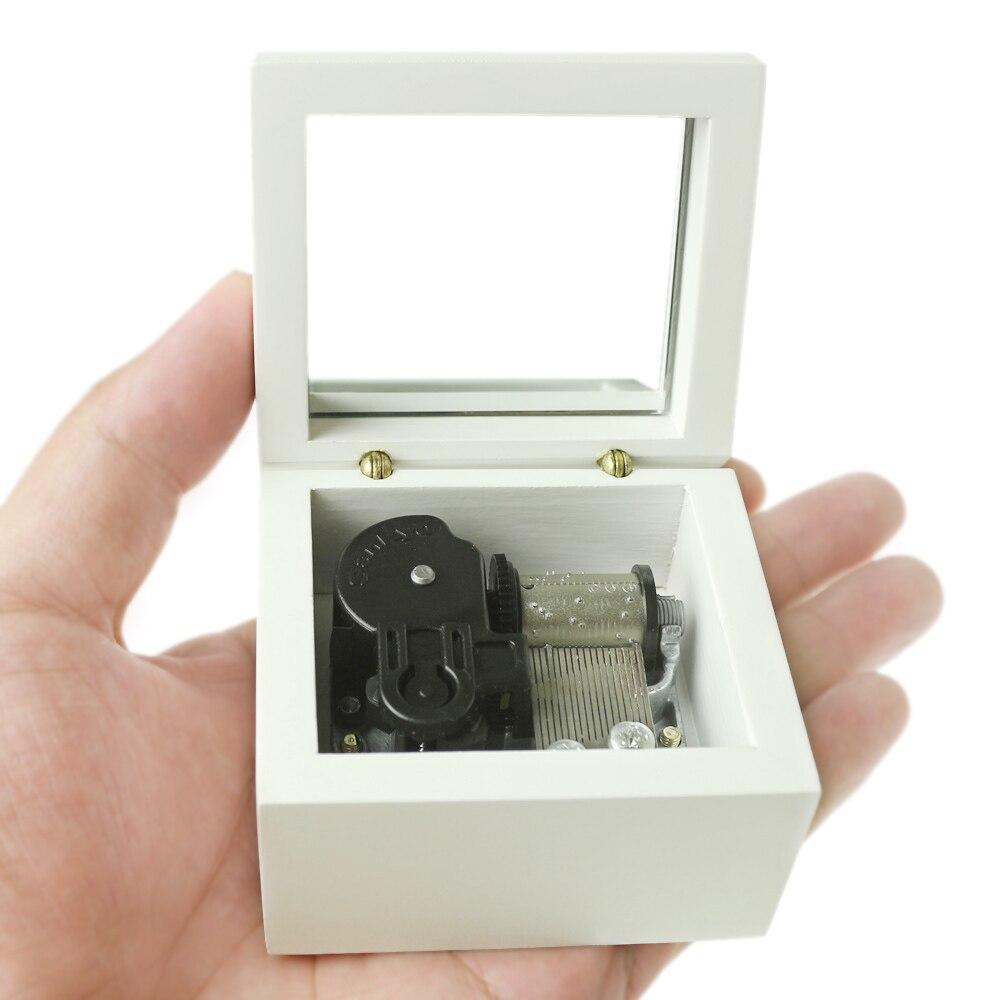Caja de música Sinzyo hecha a mano con memoria de madera, regalo de cumpleaños para Navidad, cumpleaños, caja de música con grabado personalizado, regalo personalizado blanco