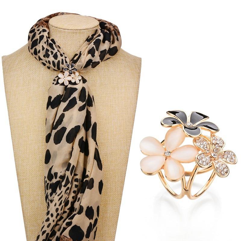 SexeMara 1pc Women Fashion Trendy Stylish Elegant Exquisite Rhinestone Flower Scarf Ring Buckle Clip Holder Jewelry Accessory