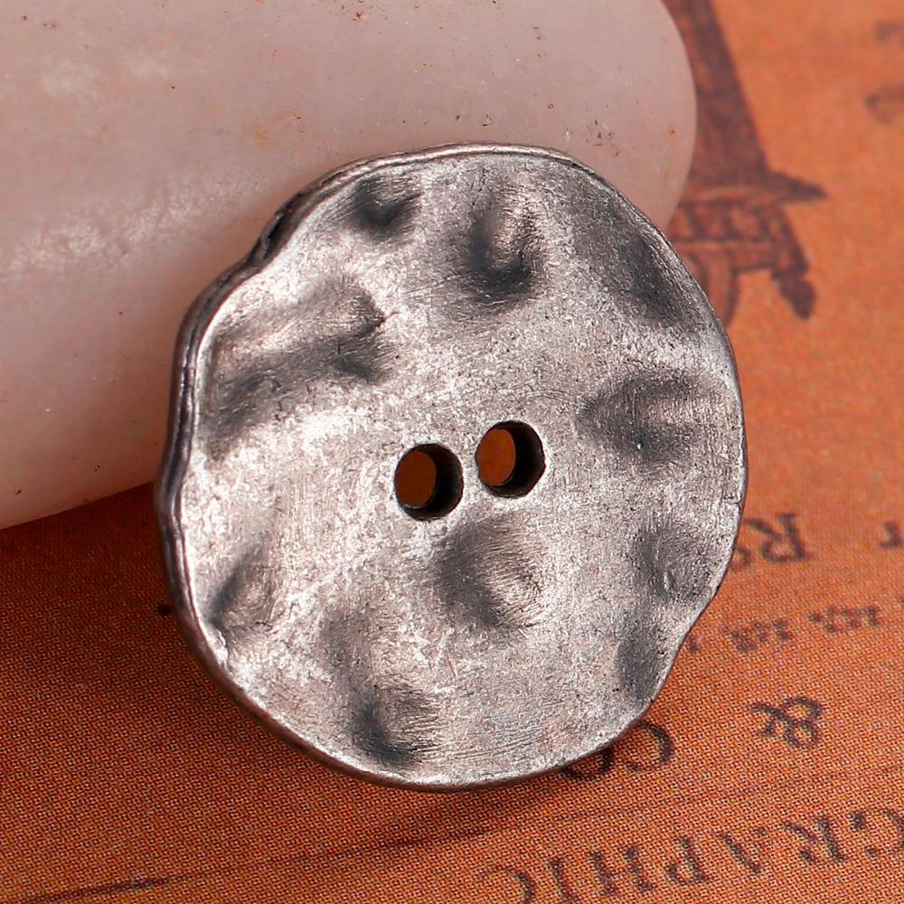 "DoreenBeads, botones para costura de Metal con base de Zinc, color plata Irregular, 2 agujeros redondos de 20mm( 6/8 "") x 19mm( 6/8""), 2 uds"