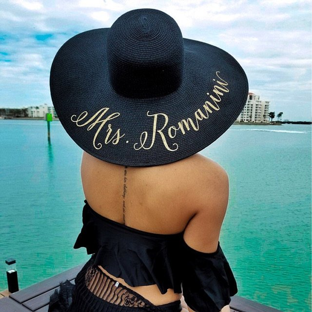 Customize beach wedding bride floppy Mrs Sequin Sun Hats Honeymoon bridesmaid maid of honor bridal shower party gifts favors
