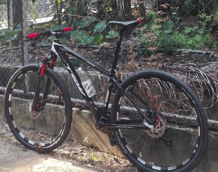 Kalosse 29*19 inch tires bike  Air suspension  Aluminum alloy  frame  29inch mountain bike  24/27/30 speed Bike bicycle