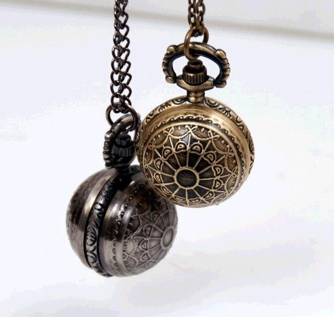 100 pçs/lote Estilo Vintage Steampunk Retro Bronze Teia de aranha Esfera Bola quartzo Relógio de Bolso Colar de baixo preço por atacado