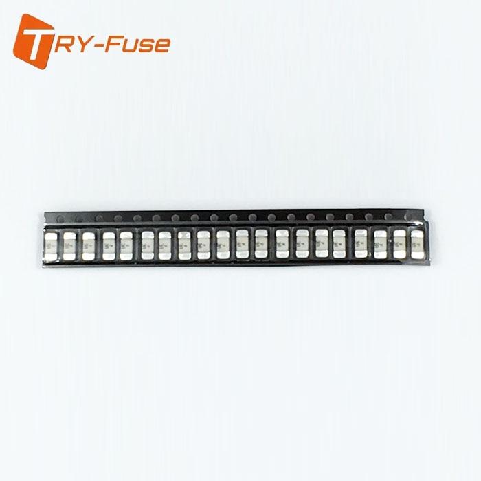 Chip de Atraso Fusível de Cerâmica Fusível lento 2410 1808 0.5A 250 V