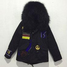 Noir allemagne perles vestes dhiver avec grande fourrure de raton laveur à capuche fausse fourrure manteaux