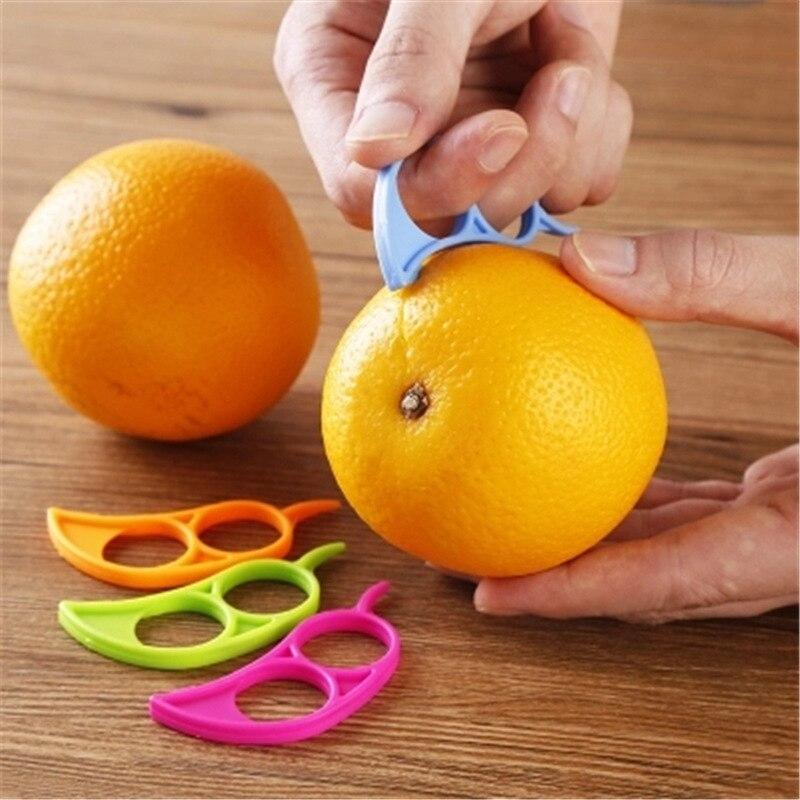 Plastic Orange Peelers Zesters Lemon Grapefruit Fruit Slicer Opener Cutter Kitchen Gadgets At Random 7.4x3.4cm 1PC