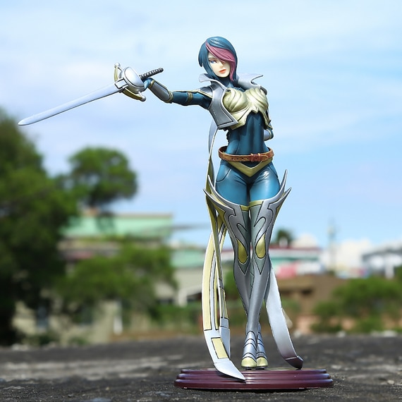¡Novedad! figura de acción Fiora Laurent The Grand Duelist pvc 26cm juguete de modelos coleccionables juguetes de anime juguetes para niños