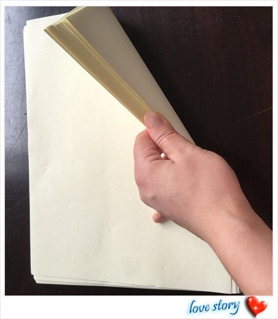 100 uds, A4 (216*279mm), 85g 75% algodón 25% papel de lino, color marfil