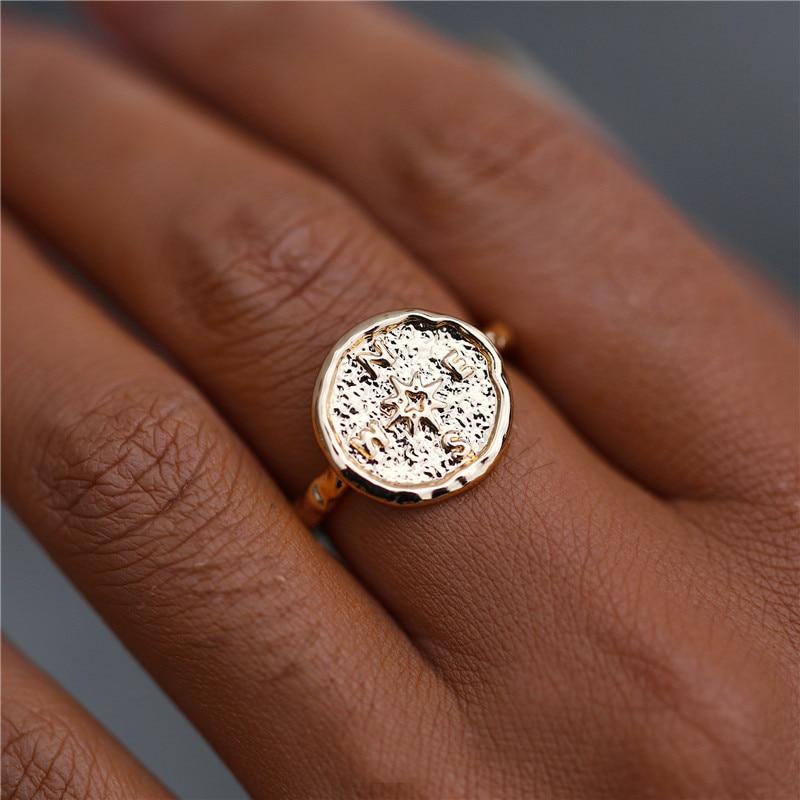 Si ME Vintage grande oro Color redondo brújula anillos para mujeres bohemio geométrico tallado moneda anillo de dedo joyería femenina 2019 nuevo