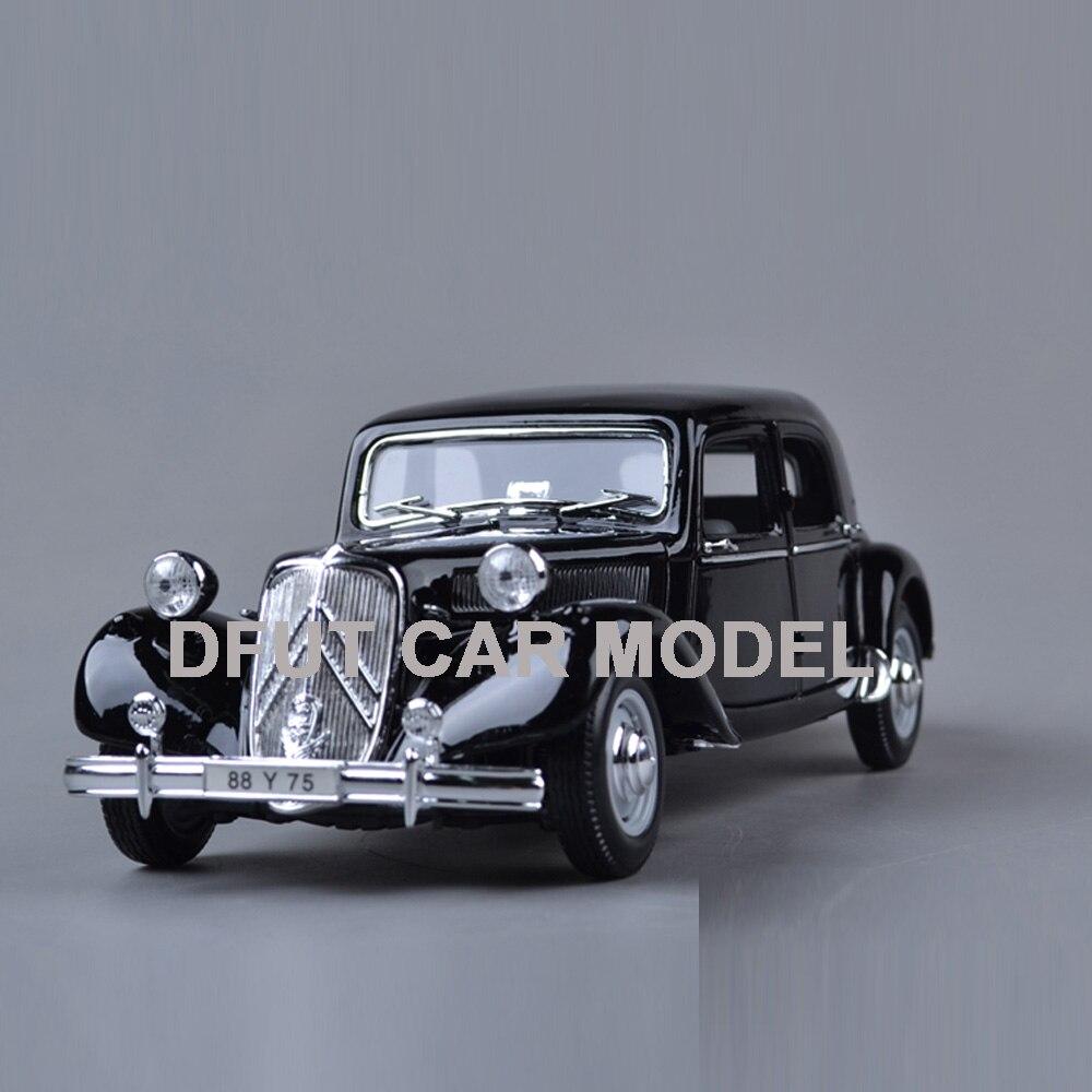 Juguete de aleación de 15 CV 1952 para niños, modelo de coche de juguete Original autorizado, juguetes auténticos para niños 118