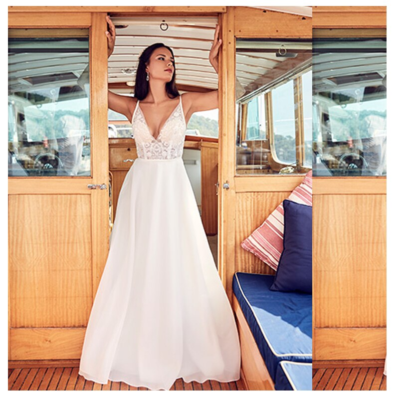 Купить с кэшбэком LORIE Boho Wedding Dress Spaghetti Straps A-Line Lace Top Appliques 2019 Sexy Bride Dress Backless Wedding Gown