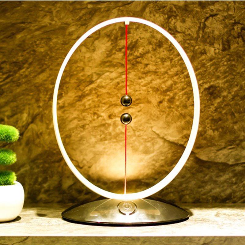 Più Nuovo Sospensione Magnetica Balance Lampada Usb Led di Ricarica Semplice Luce Intelligente di Notte