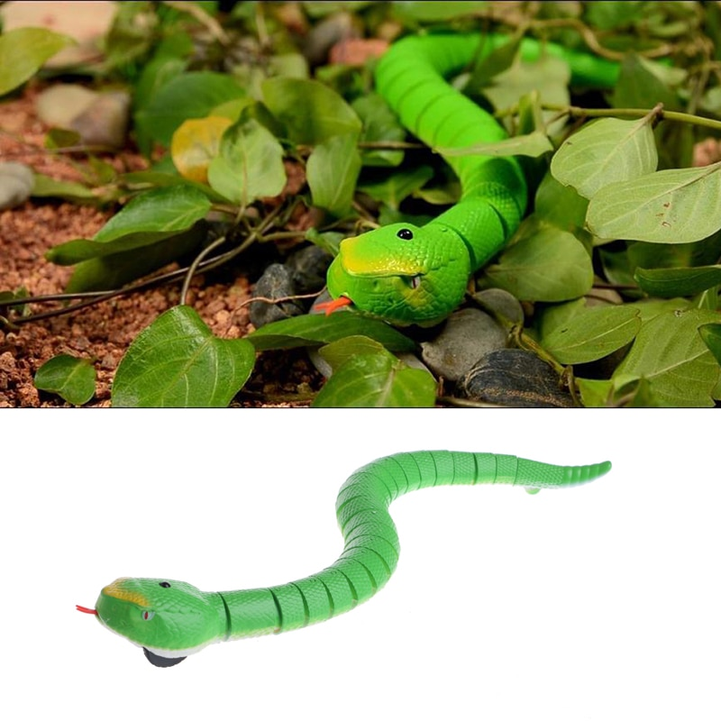 2018 Novelty Remote Control Snake Rattlesnake Animal Trick Terrifying Mischief Toy