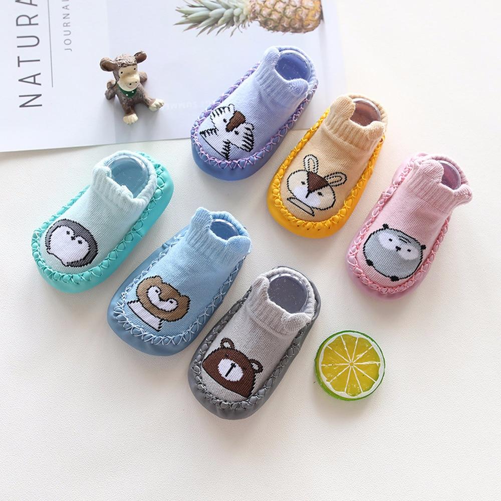Zapatos y calcetines para bebés pequeños, calcetines de dibujos animados para niños, calcetines de suelo interior para niños, calcetines de cuero antideslizantes para bebés, Zapatillas Mocasines
