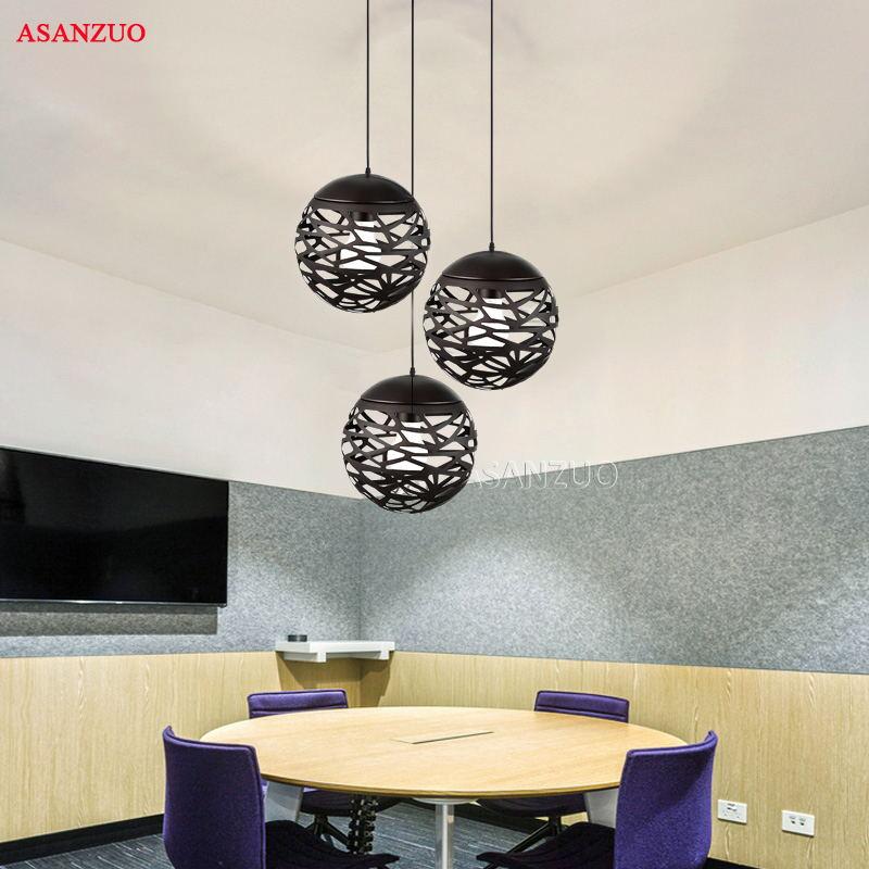 Lámpara colgante Led moderna, lámpara colgante redonda ahuecada de Metal con pintura negra blanca para escalera, comedor, sala de estar, iluminación colgante