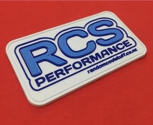 Insignias de etiqueta de transferencia de calor de goma 3d personalizadas Etiqueta de caucho pvc de gran oferta insignia de pvc para ropa