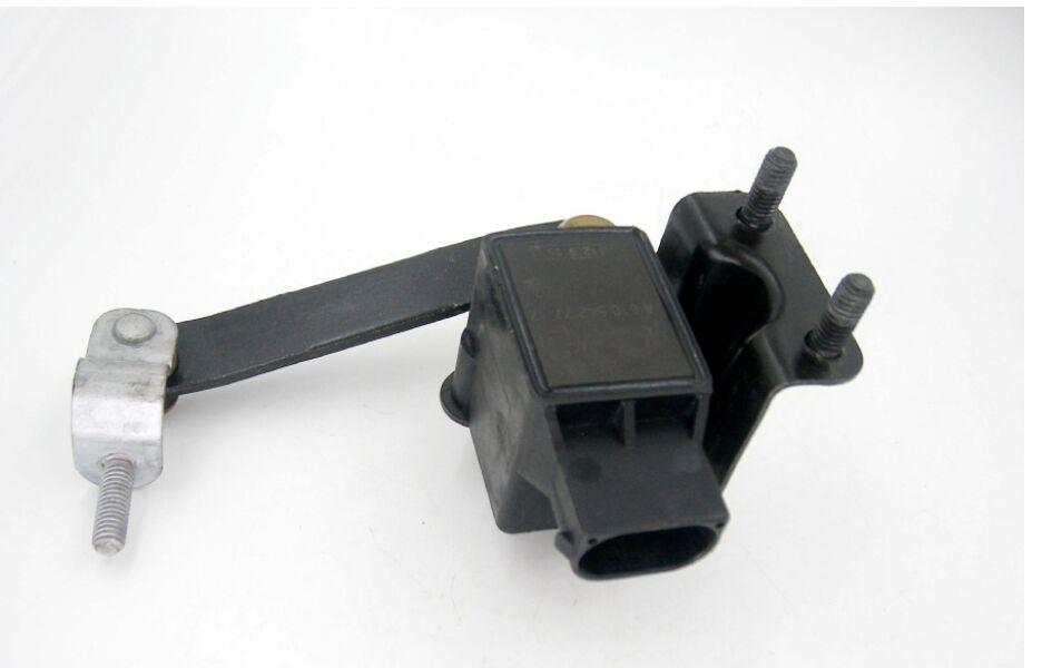 0105427717 A0105427717 Suspension Height Level Sensor For Mercedes-Benz W220 W211 E500 E320 W169 W245 W221 W164 W251