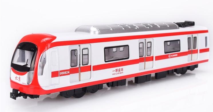 Modelos eléctricos de aleación larga de plástico de tren subterráneo modelo dinámico luz música entrar coches juguete coche educativo niños Juguetes Divertidos
