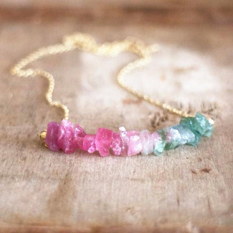 Dongmu, nuevo Collar corto de piedra de color, collar a la moda para mujer, rosa, piedra roja, accesorios de playa, regalo de cumpleaños para mujer