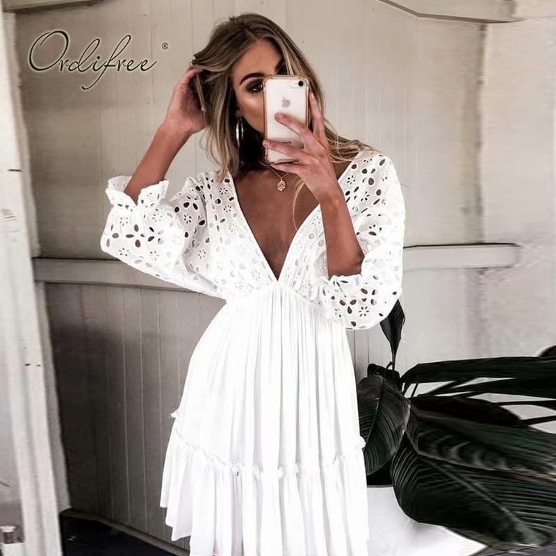 Ordifree 2019 verão bohomian mulheres bordado mini vestido meia manga curto sexy sem encosto algodão branco renda túnica praia vestido