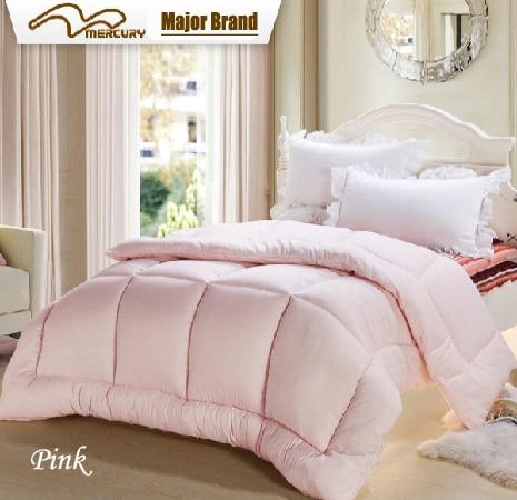 لحاف وبطانيات وردية ، مفرش سرير مبطن من البوليستر باللون الوردي مع ذيل كينج أو كوين ، لفصل الشتاء