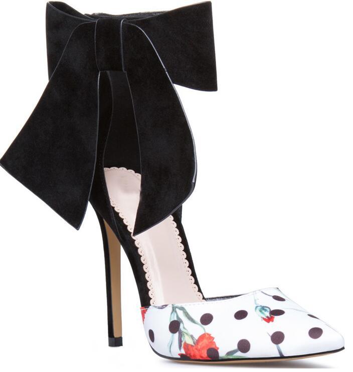 INS mujer de moda negro terciopelo tobillo arco señoras Sexy tacones altos colores mixtos flores cuero mujer punta zapatos de fiesta