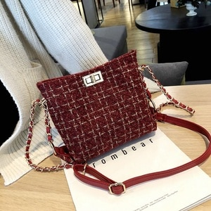 Yuhua, 2020 new women handbags, leisure Korean version shoulder bag, fashion woman messenger bag, trend bucket bag.