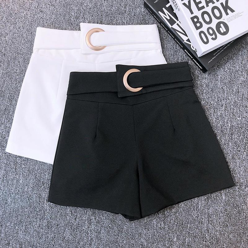 Pantalones cortos a la moda de cintura alta para mujer, pantalones cortos ajustados para primavera y verano, pantalones cortos elegantes de pierna ancha en blanco y negro, pantalones cortos C5360