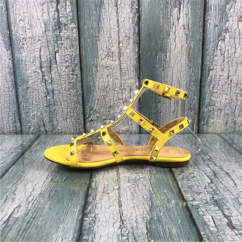 Kmeioo, Gladiador para mujer, remaches, sandalias con tachuelas, zapatos planos con cordones de hebilla, zapatos de mujer de moda para verano, zapatos de mujer de talla grande