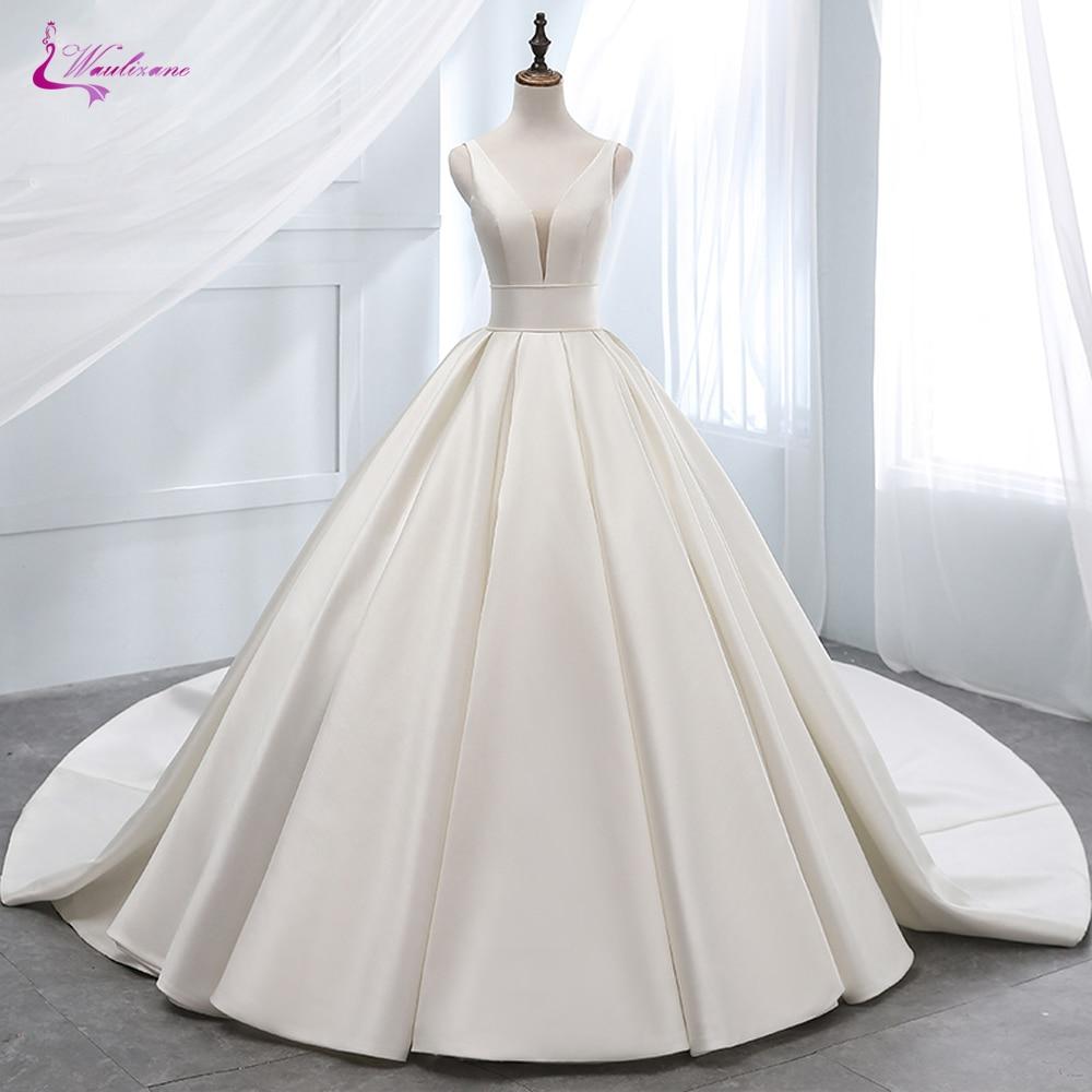 Waulizane Luxurt Pure Satin Elegant A Line Wedding Dresses  With Deep V-Neckline Wedding Gown Lace Up Closure