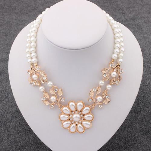 Женское Ожерелье с кулоном из искусственного жемчуга, ожерелье с кулоном в виде цветов