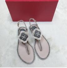 Carole Levy Summer Fashion Tassel Sandal  2019 Crystal Embellished Woman Flat Shoes Sexy Thong Sandal Beach Wear Rome Style Shoe