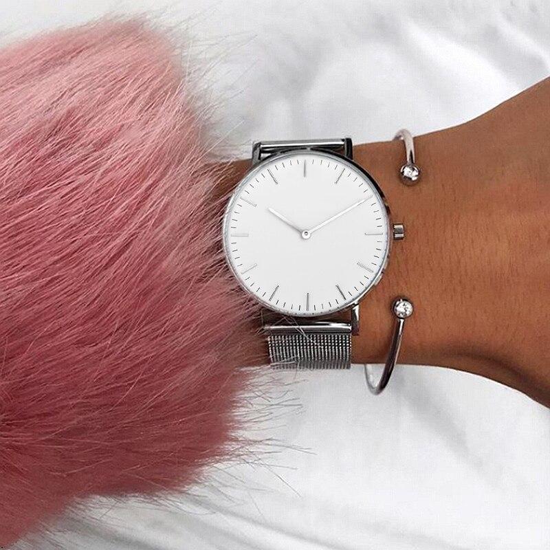 Mavis hare prata cor branco & preto dial malha relógios femininos relógio de pulso de aço inoxidável com cristal manguito bangle como presente