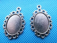 100pcs antique silver toneantique bronze oval flower border base setting tray pendant charmfit 13mmx18mm cabochoncameo