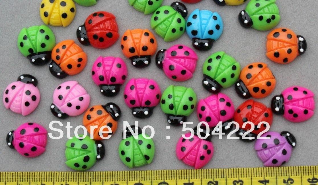 250 Uds lunares adorables Ladybug Cabochons 18mm decoración para teléfono móvil, suministro de accesorios para el cabello, adorno mariquita kitsch