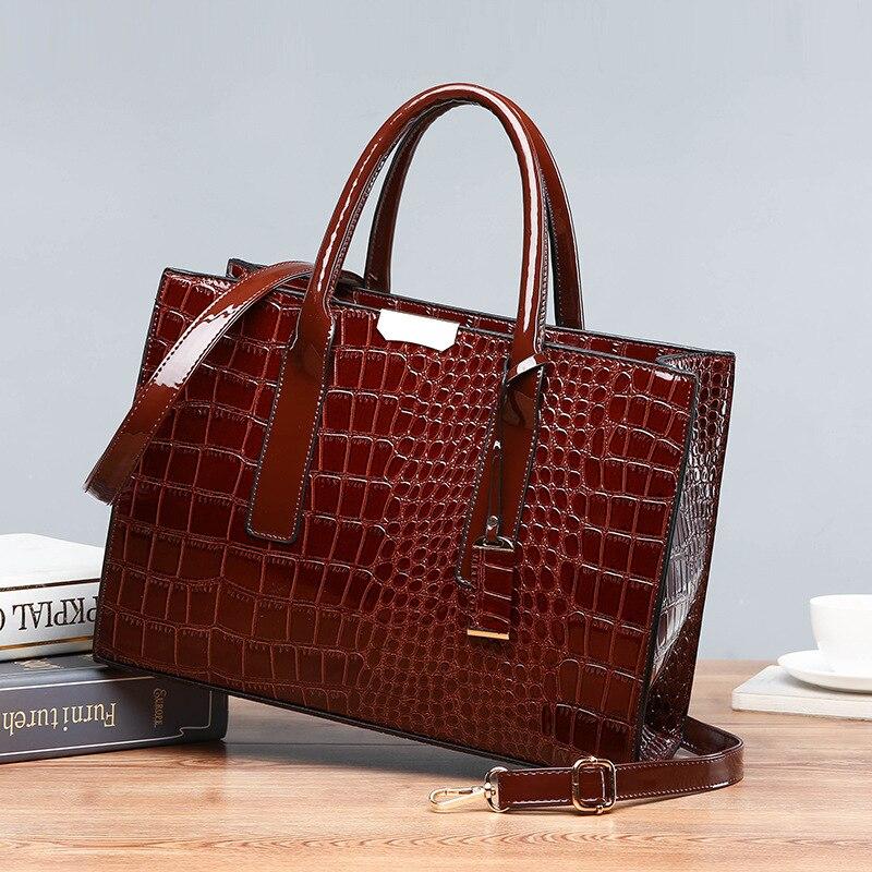 حقيبة يد نسائية فاخرة ، جودة عالية ، كلاسيكية ، نمط تمساح ، سعة كبيرة ، حقيبة كتف OL ، C824