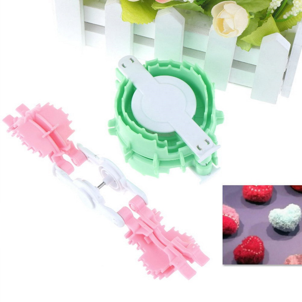 2 stks/set Plastic Hartvorm Pompon Set Pom Maker Fluff Ball Wever Needle Craft Knitting Tool Breien Spool Loom Naaien gereedschap
