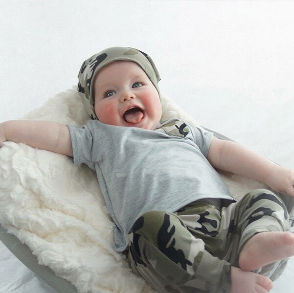 Nuevo 2019 Zomer Baby Boy conjuntos grises Jongens Kleding Katoen Korte camiseta mouwen + camuflaje broek 2 Stks trajes bebé niña Kinder