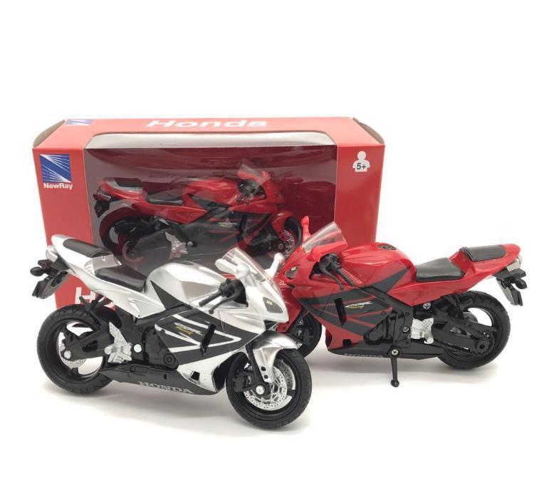Maquetas de motocicletas de aleación 118, motocicleta de juguete de alta simulación de metal, juguete modelo de metal fundido a troquel, Honda CBR, Envío Gratis