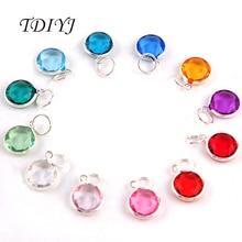 TDIYJ 120 pièces Fasion 12 couleurs mixte argent plaqué acrylique pierre de naissance cristal balancent pour bracelet extensible pour les femmes